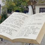 23 квітня- Всесвітній день книги